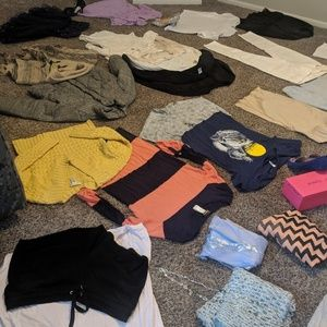 Lot of large and x-large woman's wear